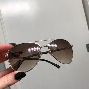 Cute basic sunglasses